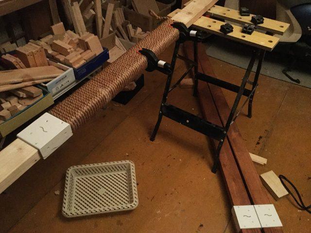木材接続と麻縄巻き