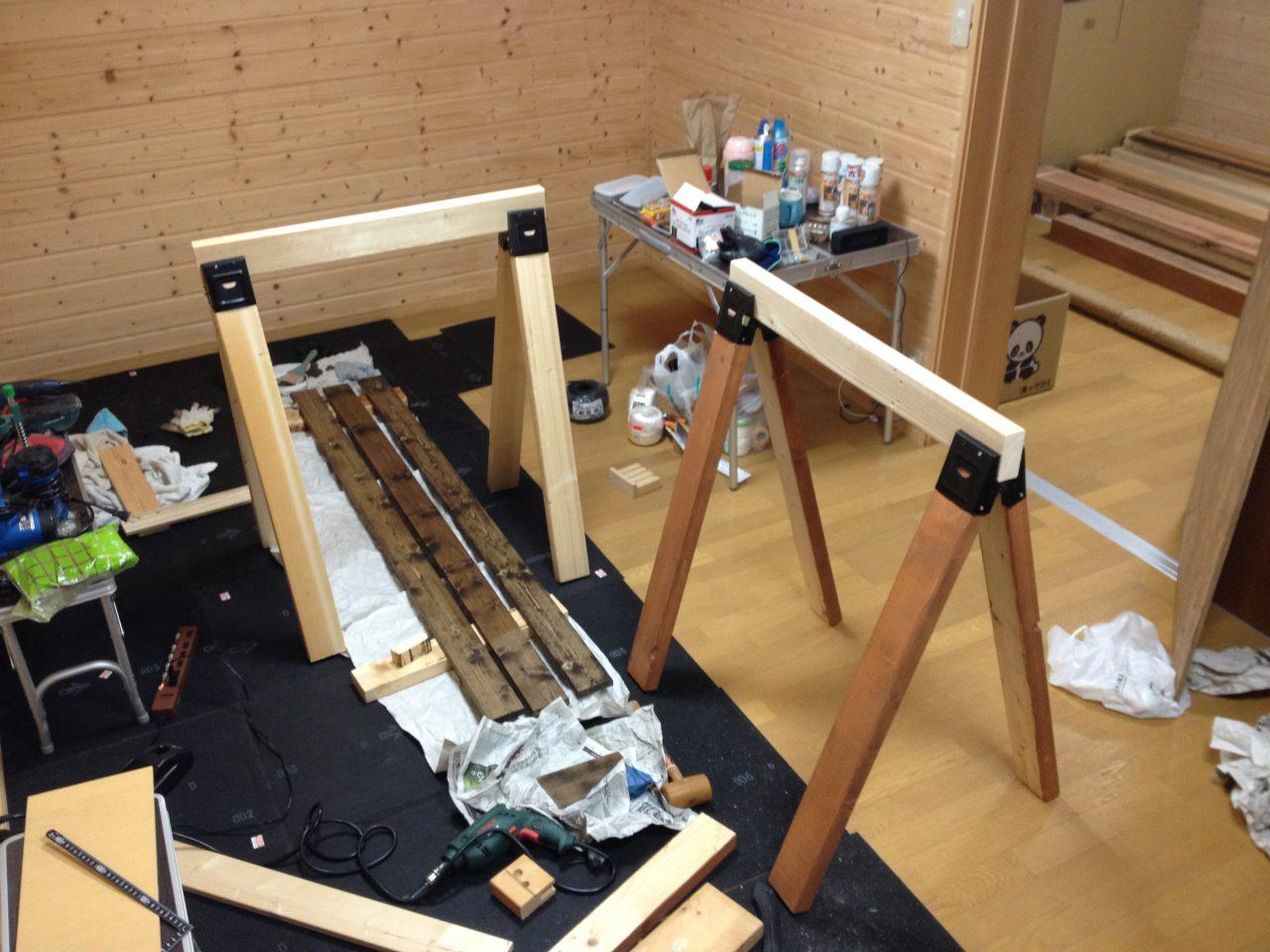 ソーホースブラケットの作業台