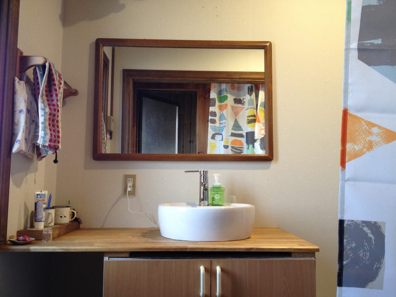 洗面所のミラー