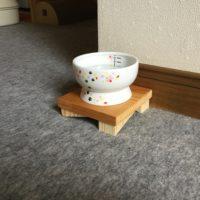 猫の食器スタンド