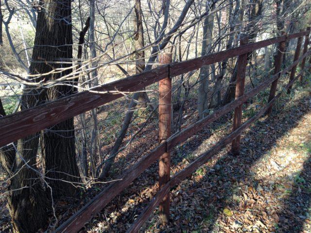 木柵の修理