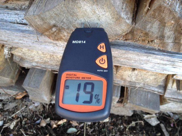 9ヶ月乾燥させたナラ薪の含水率