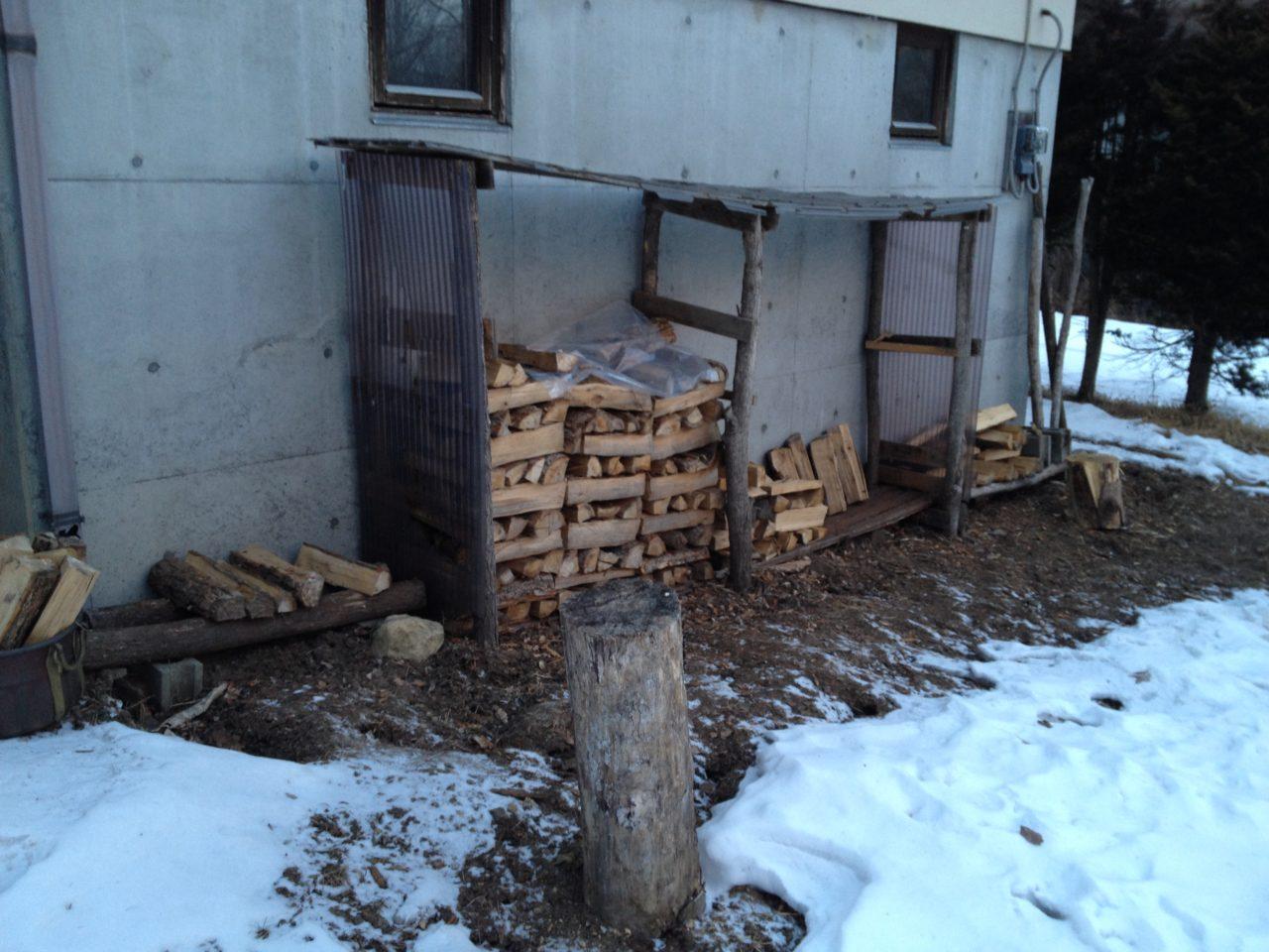 薪の在庫が残りわずか