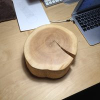 丸太のミニテーブル