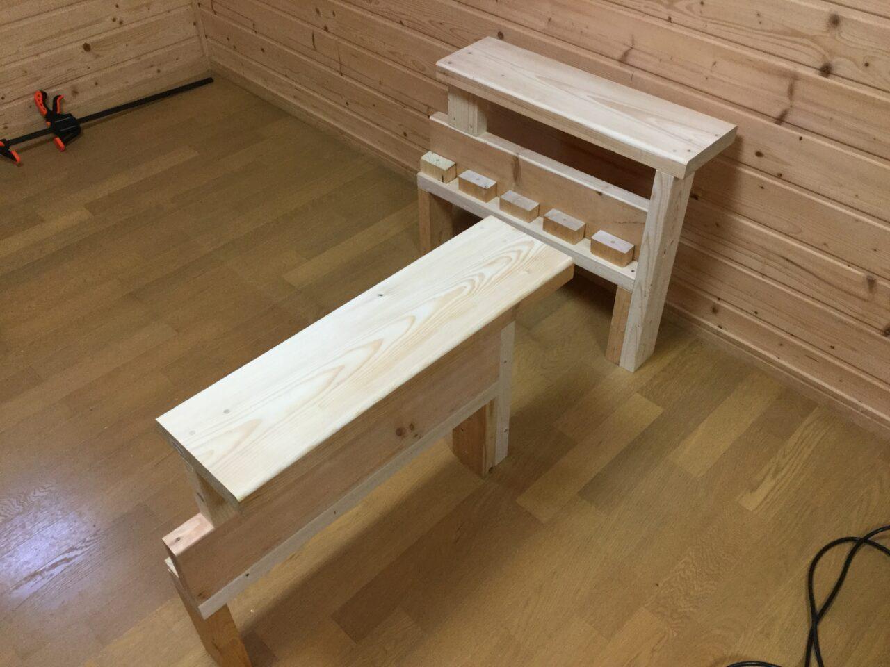 ツーバイ材で作ったソファ